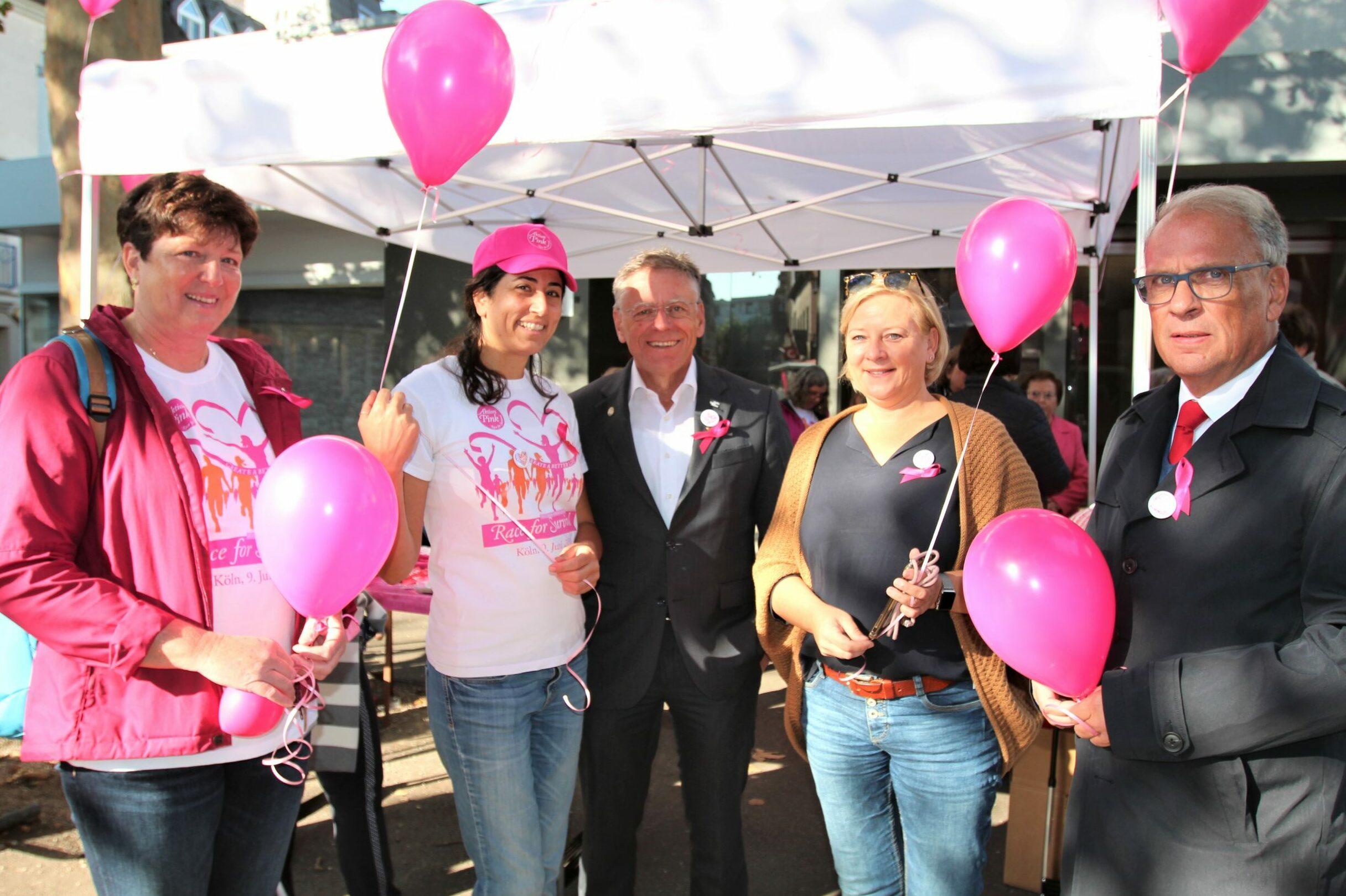 """Pinktober""-Aktion des Brustzentrums Grevenbroich"